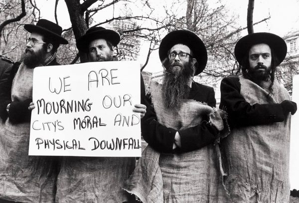 Jews protest moral downfall in New York